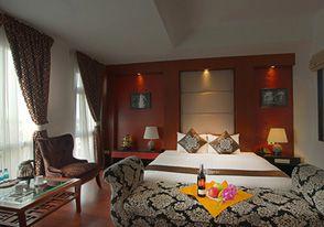 Khách sạn Gia Bảo Grand