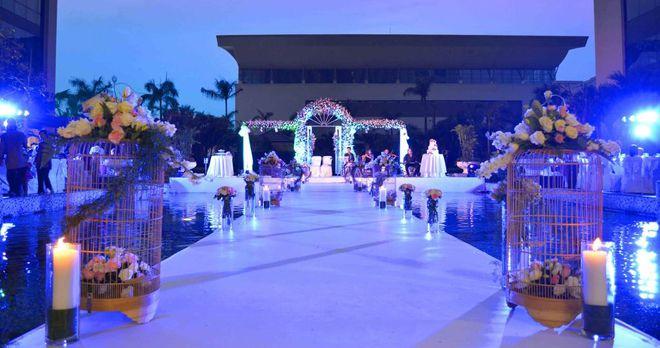 Khách sạn Crowne Plaza West Hà Nội