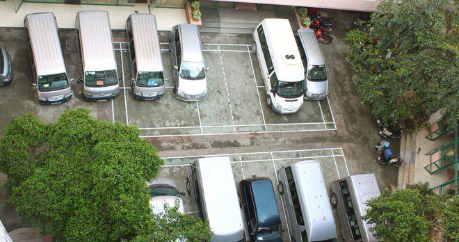 Khu vực đỗ xe của khách sạn Bưu Điện Sầm Sơn