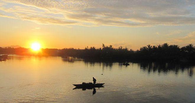 Xuôi dòng sông Thu Bồn